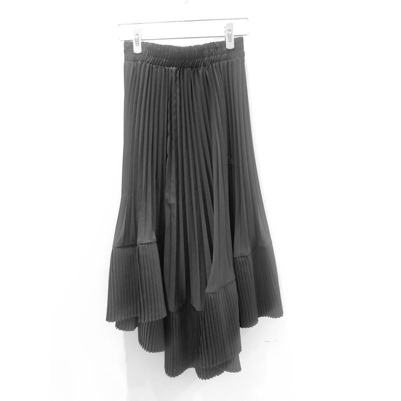 ASYMMETORY PLEAT SKIRT