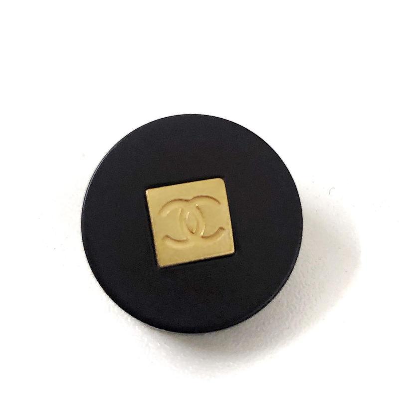 【Vintage CHANEL】Button PLASTIC black