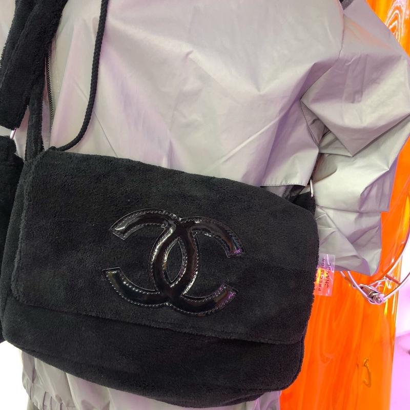 《CHANEL》NOVERTY PILE BAG  black