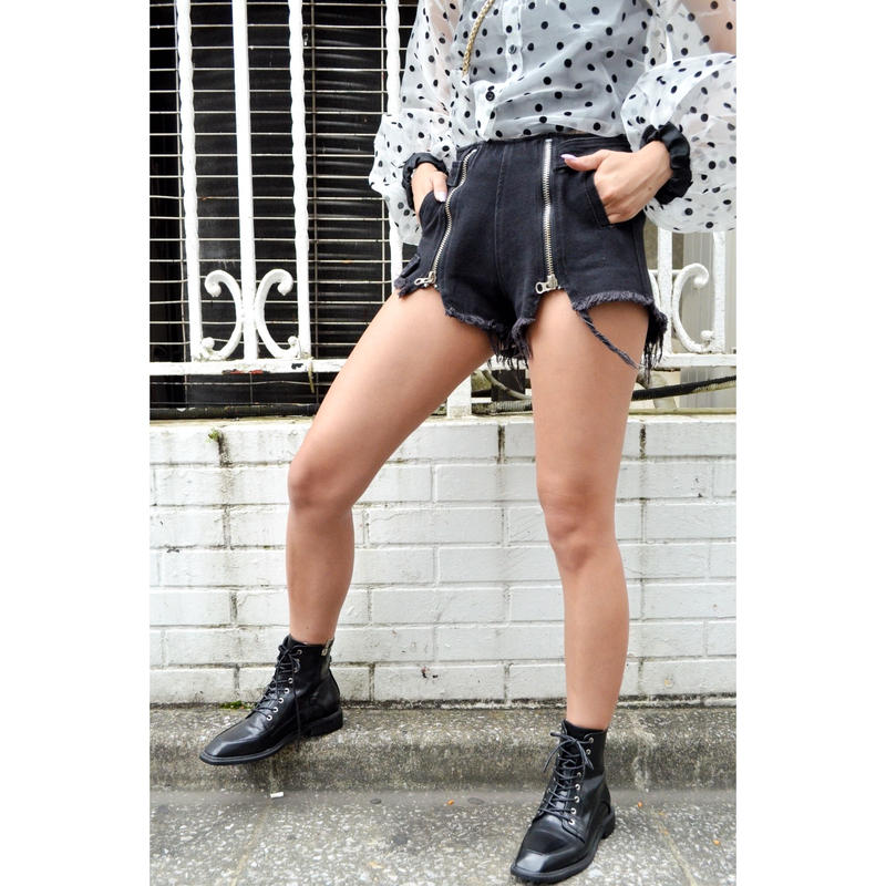 ZIP CUTOFF SHORT PANTS