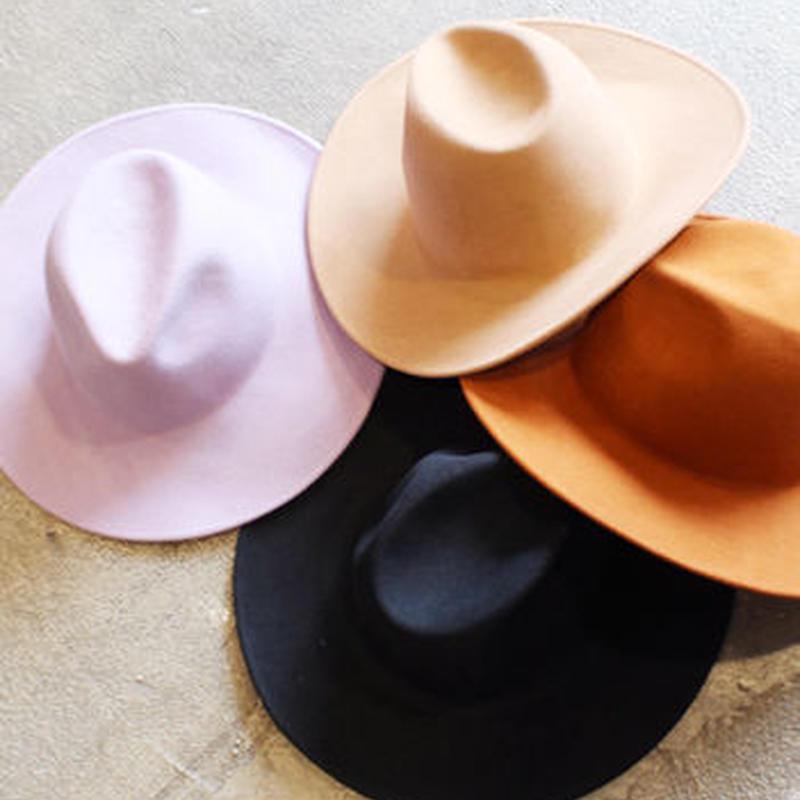 WIDE FELT HAT