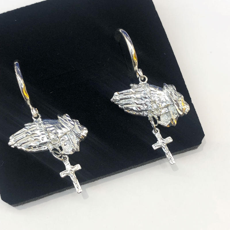 【VIDAKUSH】Prayer Hands Hoop Earrings