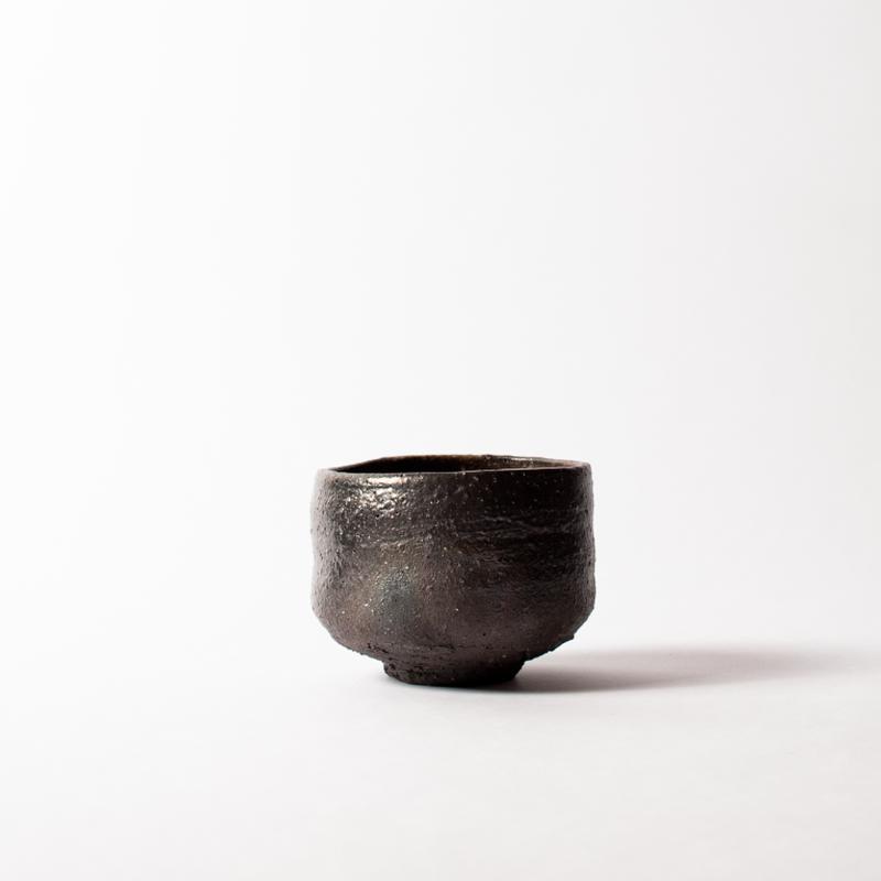 003 内田鋼一 猿楽手 焼〆茶碗