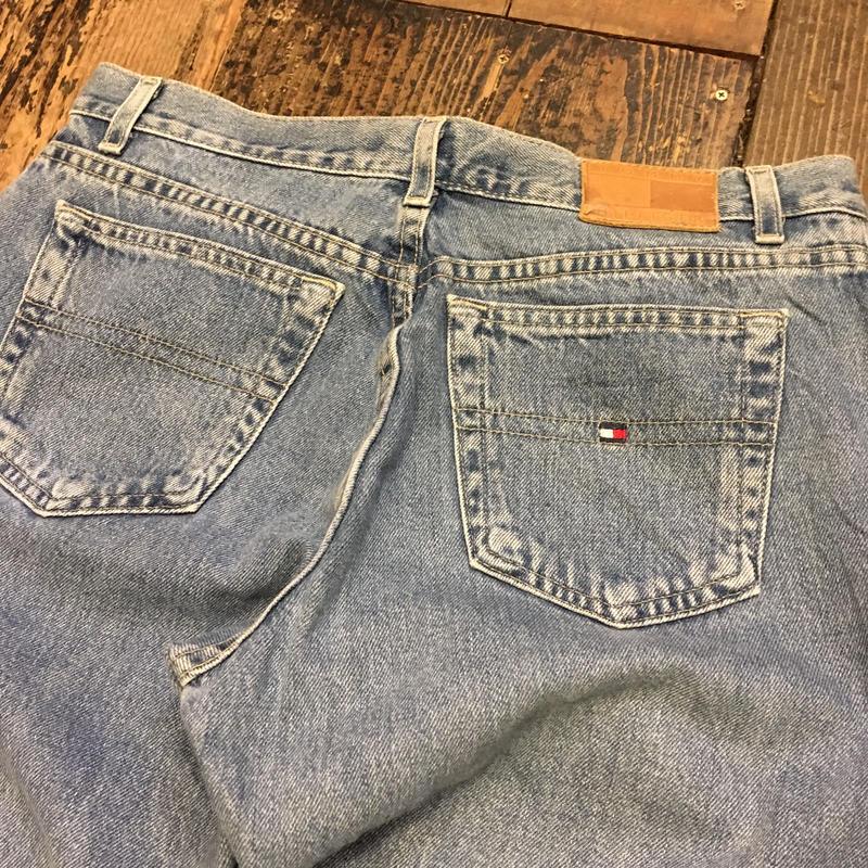 "[USED] ""TOMMY HILFIGER"" jeans w32"