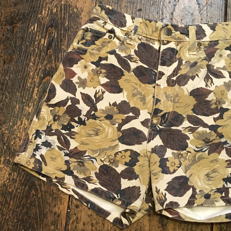 [USED] しぶい花柄 DENIM Shorts