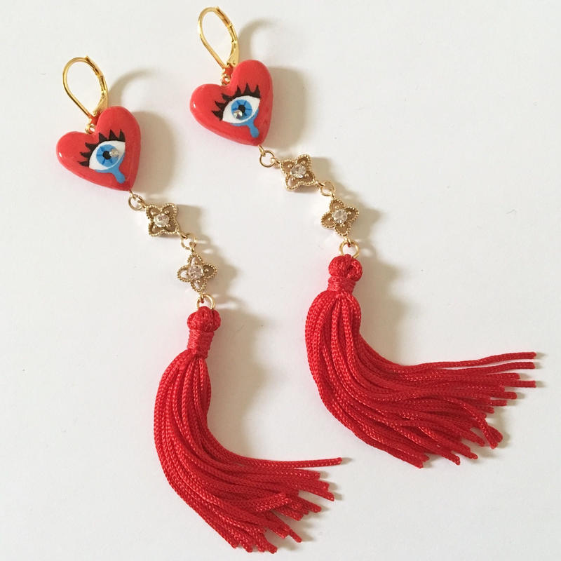 [BENICOTOY] EYE HEART RED TASSELピアス