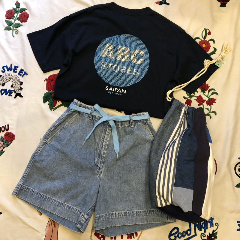 [USED] ABC STORES Tee ♡