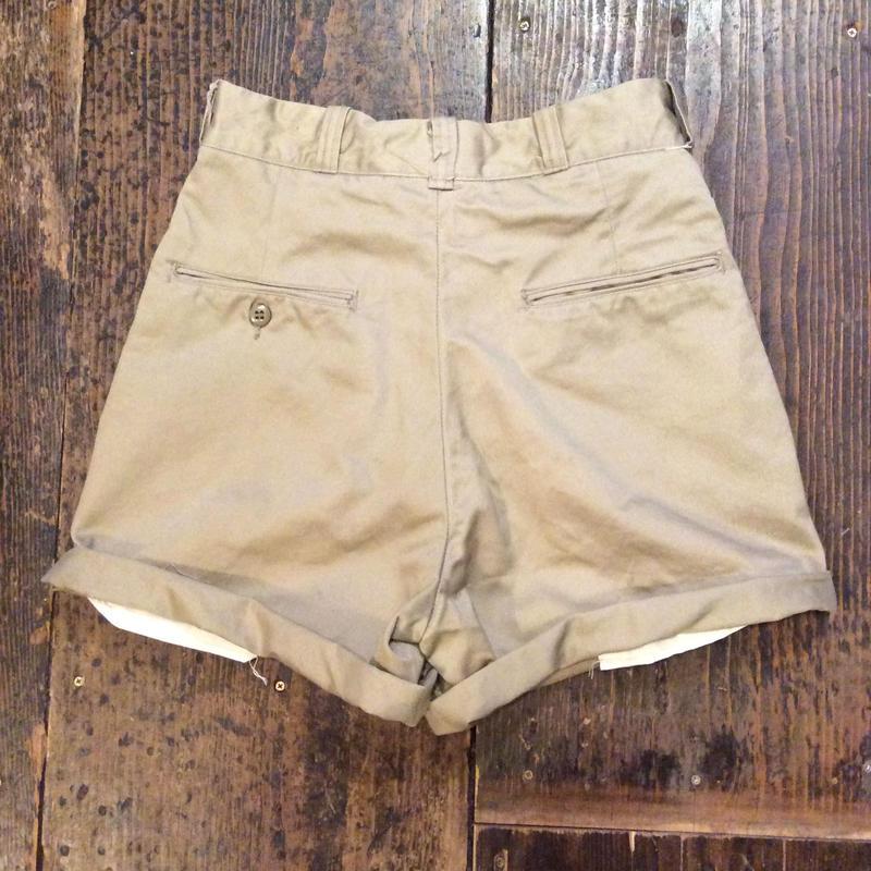 [DEAD STOCK] 70's US ARMY チノcut off Shorts