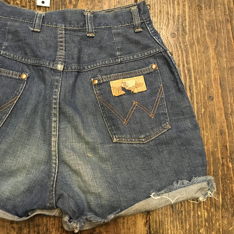 [USED] wrangler♡ CUTOFF Denim Shorts