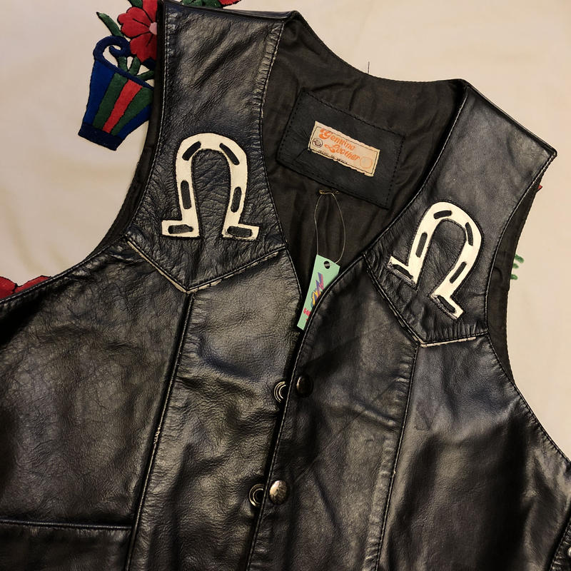 [USED] REAL LEATHERのCOWベスト