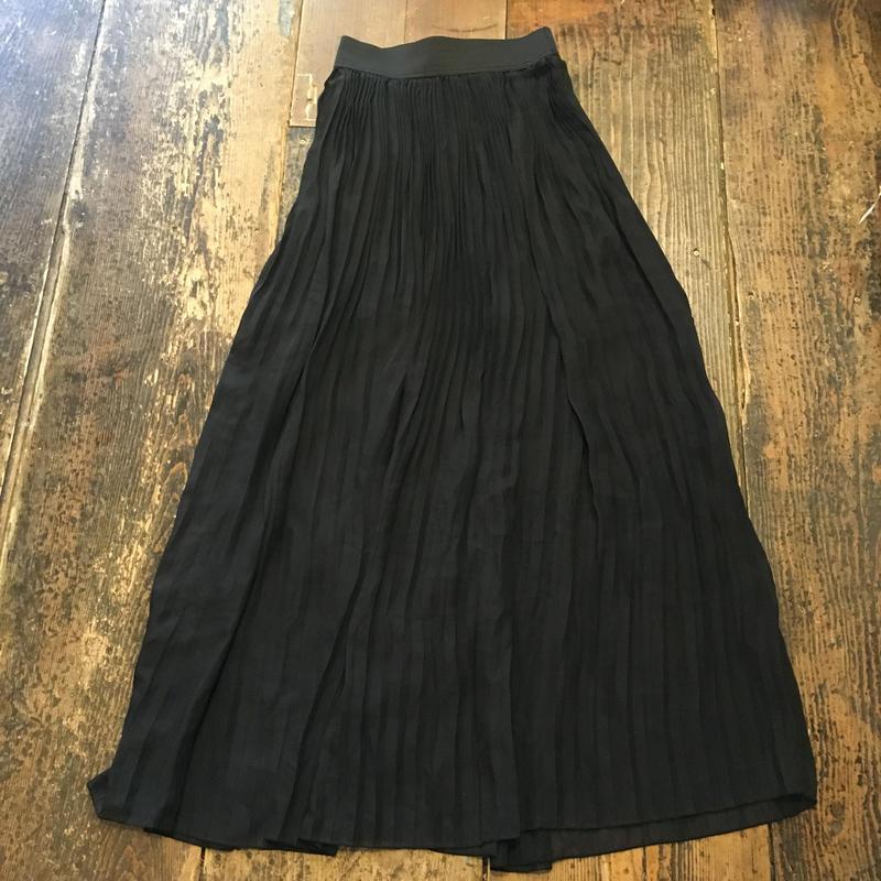 [USED] BLACKシフォンのロングプリーツスカート