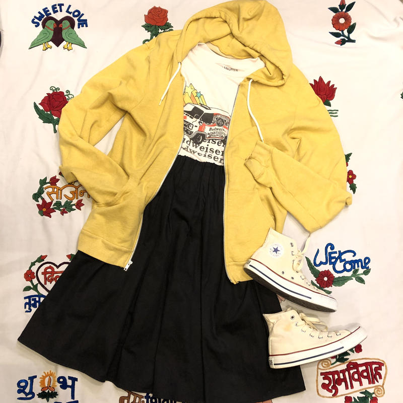 [USED]  YELLOW♡ ZIP パーカー