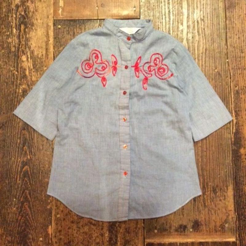 [USED] テープ刺繍のシャツ