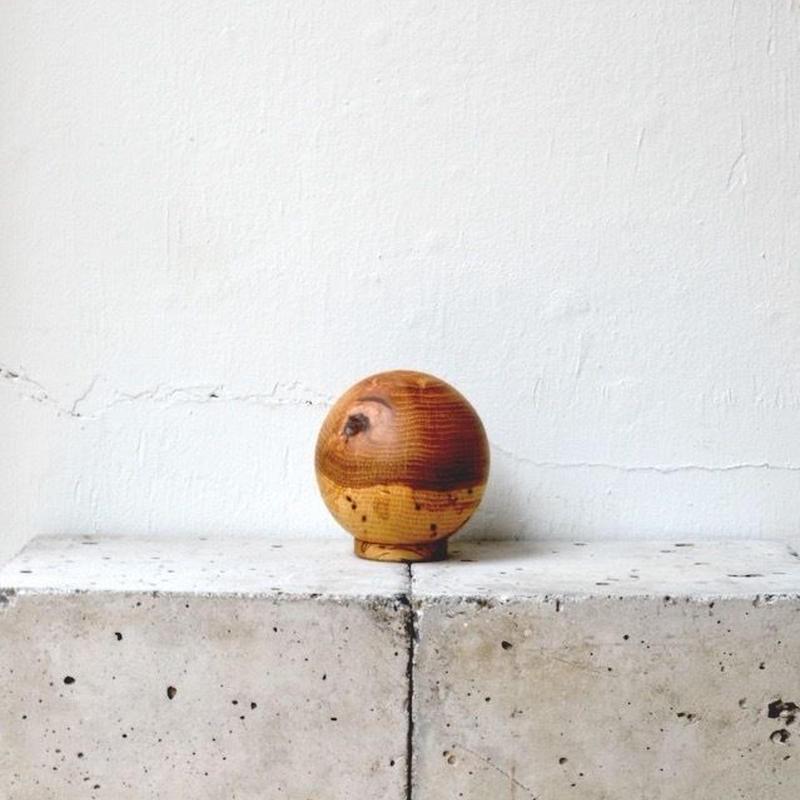 虫喰いの花器 ボール