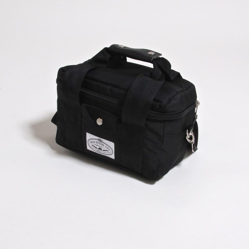 POLER CLASSIC CAMERA COOLER / BLACK