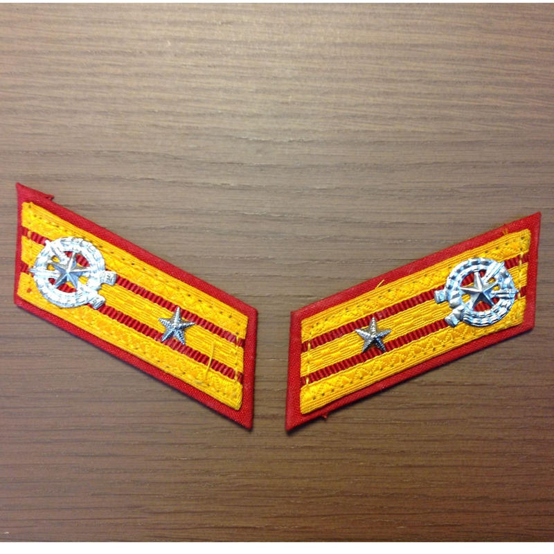 北朝鮮朝鮮人民軍実物階級章【将校用】