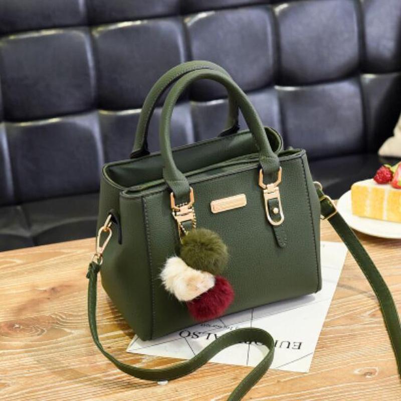 f6ed7970252b 女性 毛玉の装飾 トート 高品質 ハンドバッグ パーティー 財布 メッセンジャー クロスボディ ショルダーバッグ