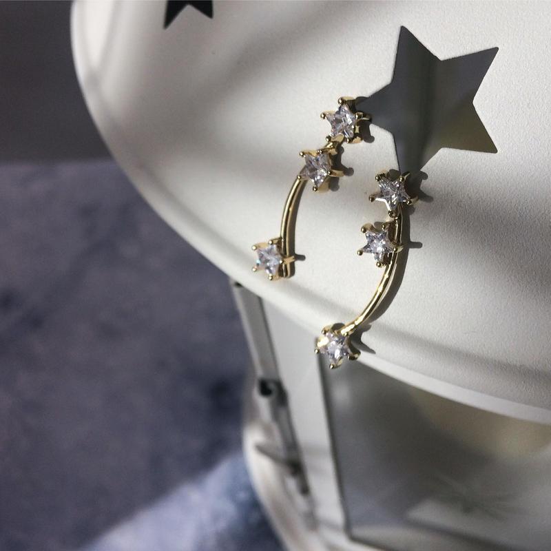 【Three shooting stars】ピアス