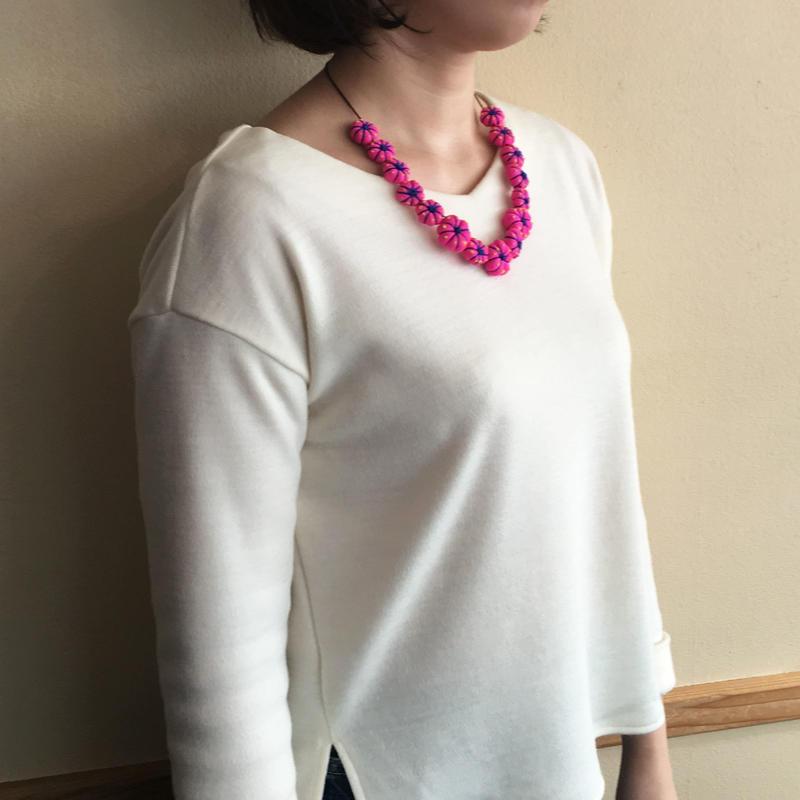 ハンドメイド刺繍ネックレス(ピンク)NK-Pink001