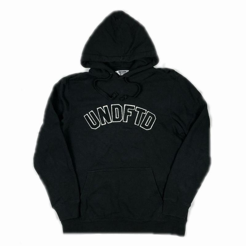 UNDEFEATED Pullover Hood Black L 【中古】