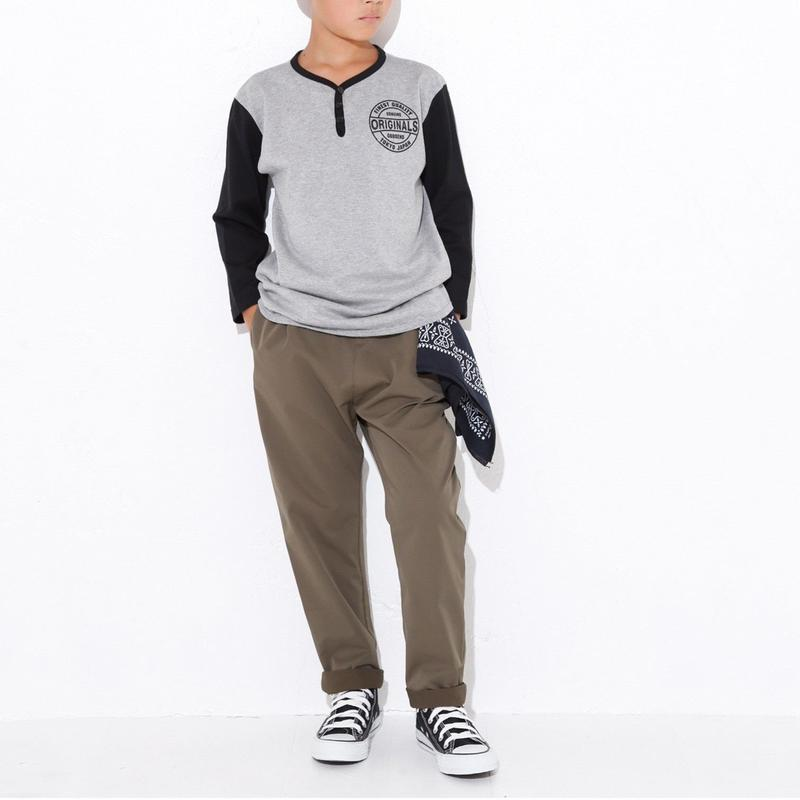 ATHLETIC  TAPERED  PANTS  カーキ