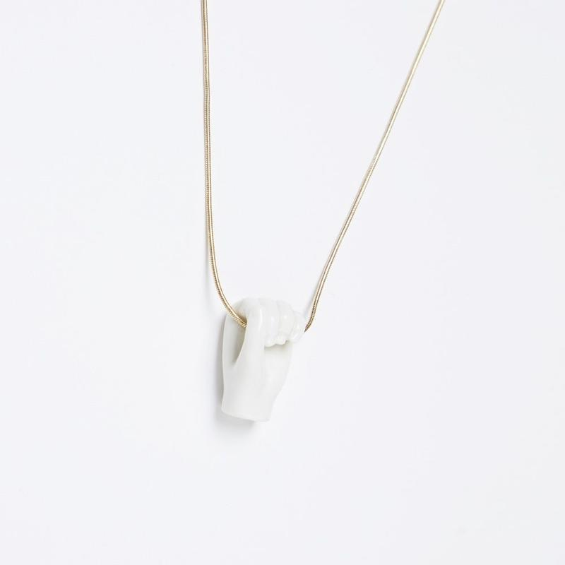 【ANDRESGALLARDO】 FIST NECKLACE