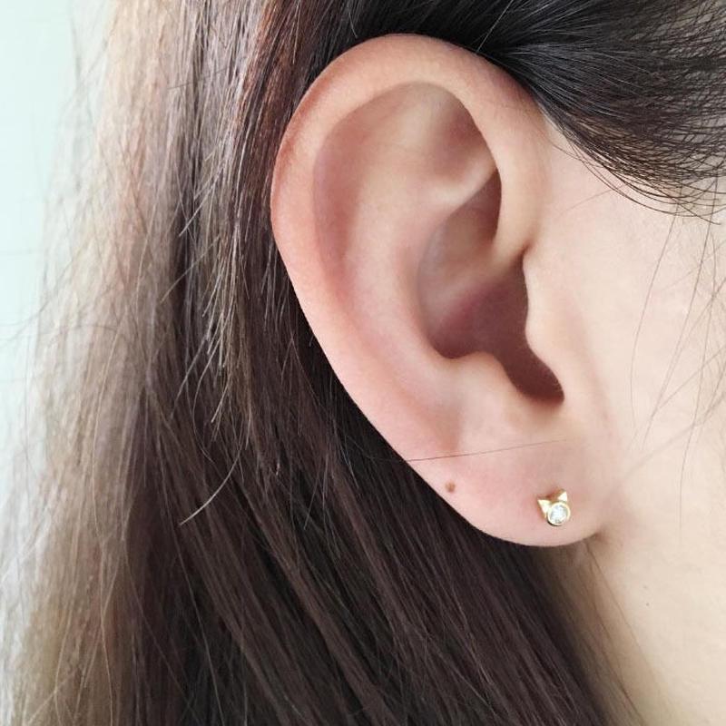 【KOMI】Cat 片耳ピアス K18 ダイヤモンド