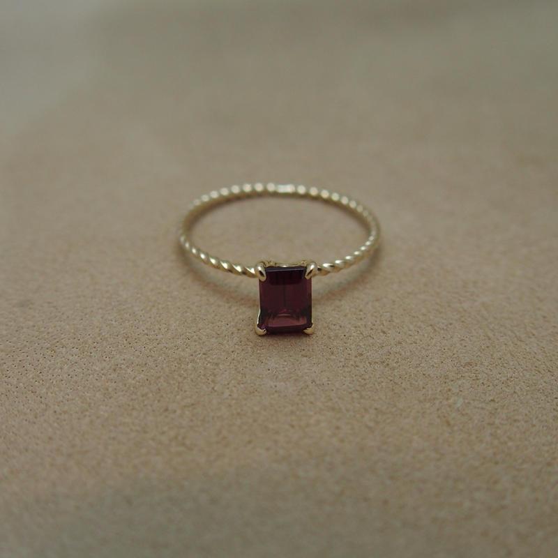 Rhordlite Garnet Petit Ring(s/q)