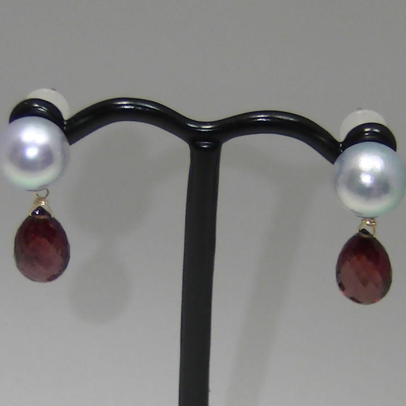 AkoyaPearl Charm Earrings(Garnet)