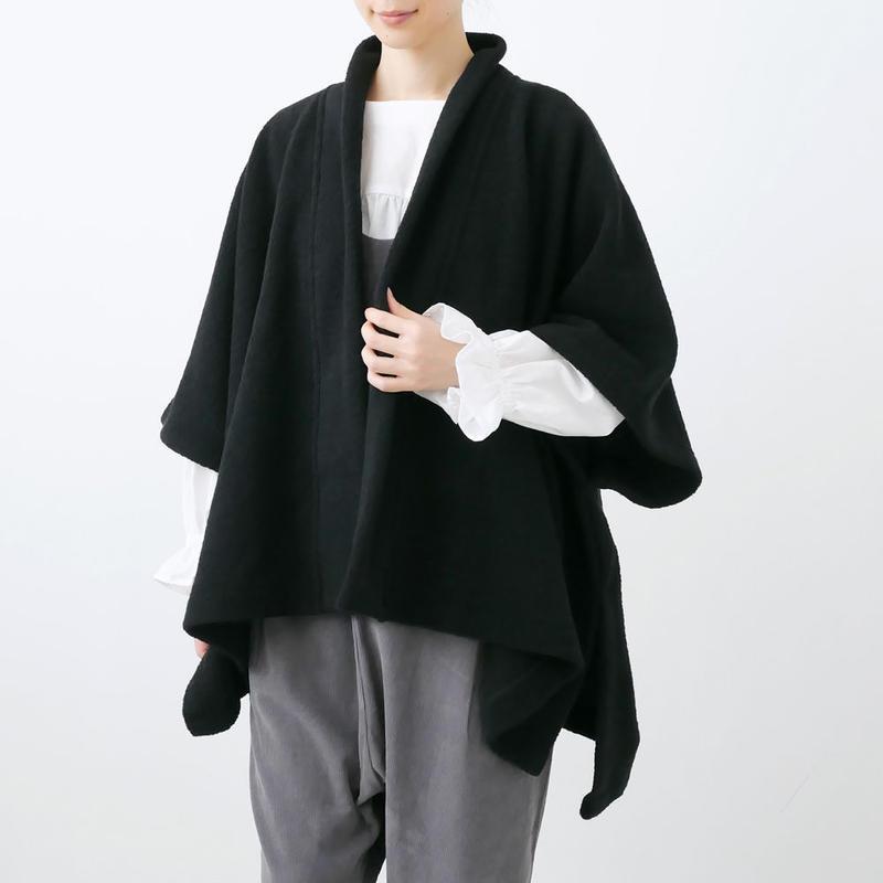 SI-HIRAI スーヒライ   SQUARE CAPE ポンチョ  BLACK CHAW18-3819 FINE PILE