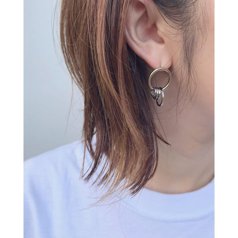 JUSTINE CLENQUET「AVA earring」
