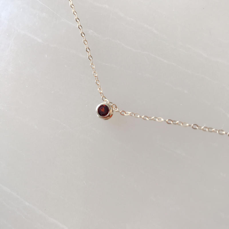 one stone necklace(ガーネット)