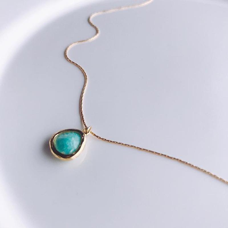 green  sea  necklace