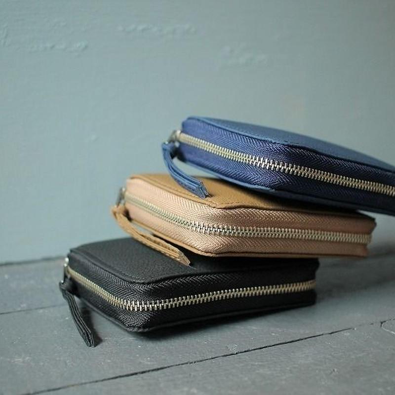 ERA. イーラ  / BUBBLE CALF ROUND PALM WALLET 折り畳み財布