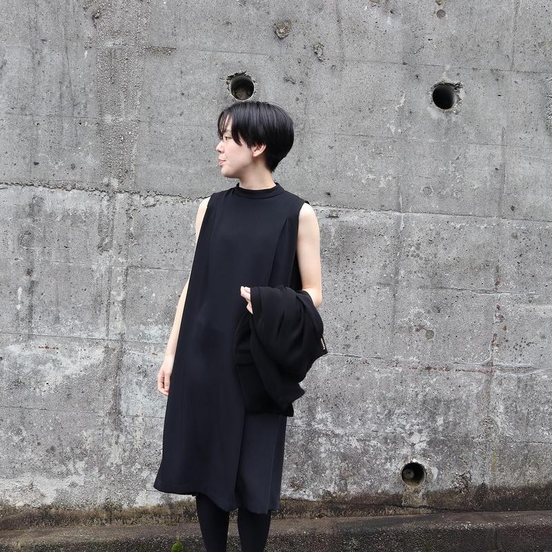 WHYTO. (レディース)  / ハイネックワンピース 【ブラック】