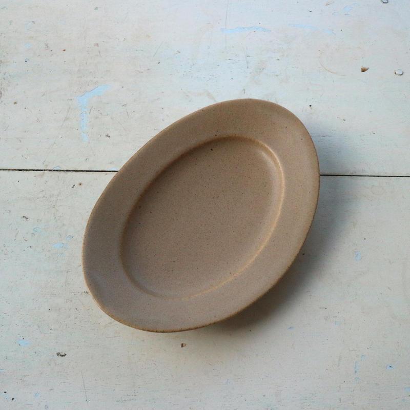 オーバル皿Sサイズ・ベージュ /    Awabi ware
