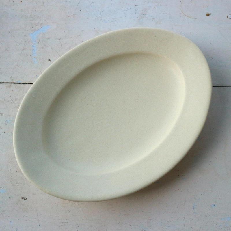 オーバル皿Mサイズ・アイボリー /    Awabi ware