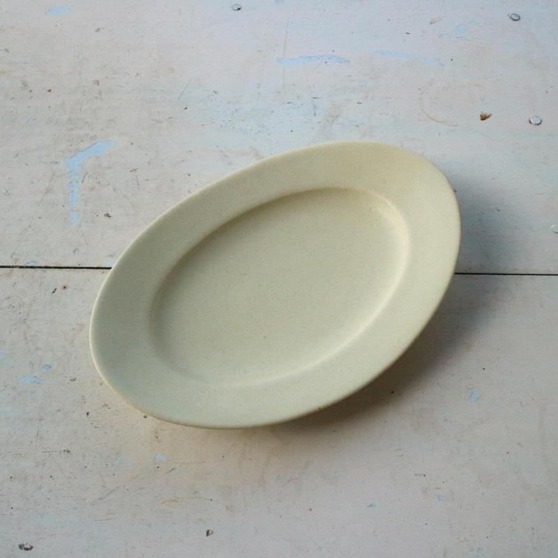オーバル皿Sサイズ・アイボリー /    Awabi ware
