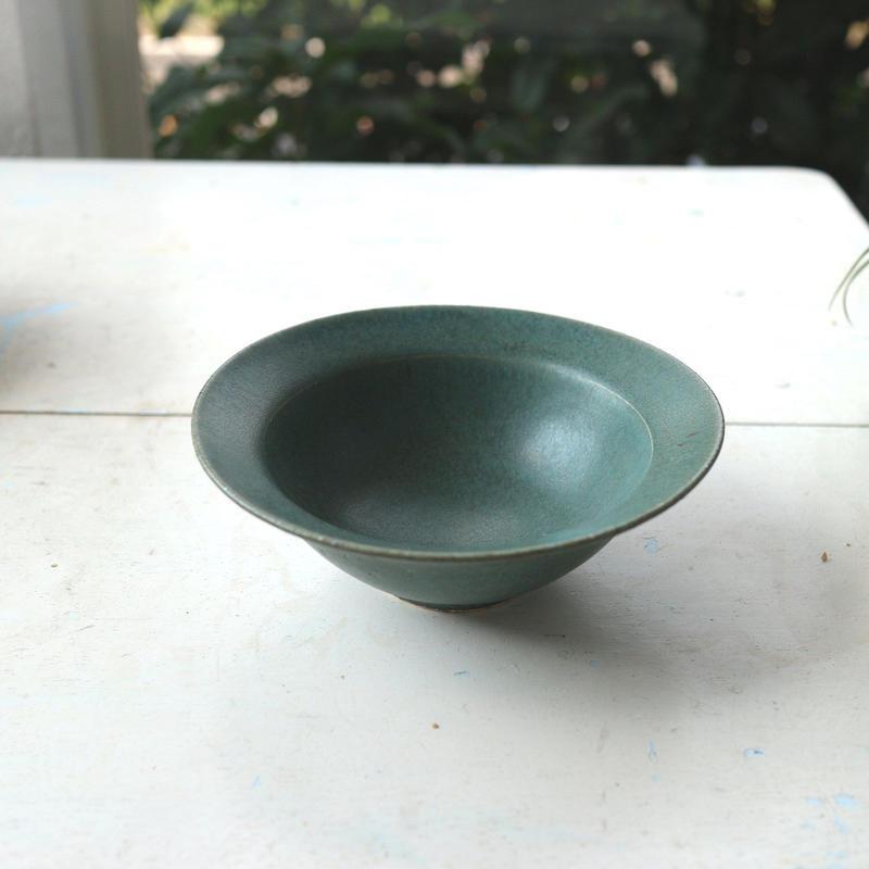 小鉢グリーン /  寺嶋綾子