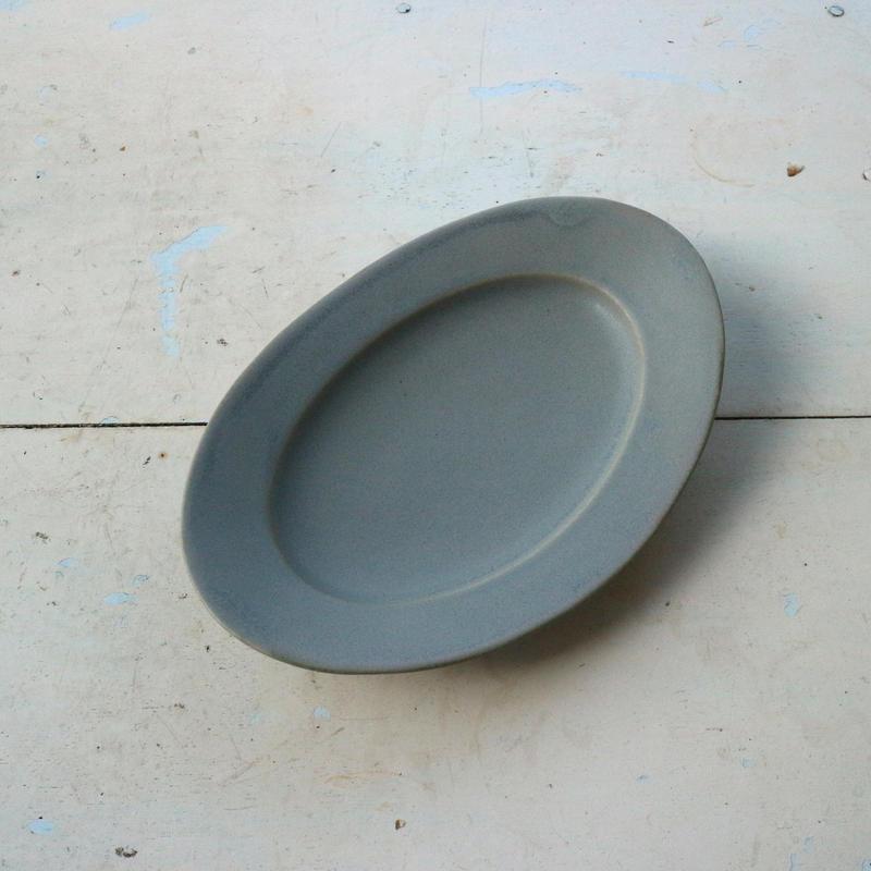 オーバル皿Sサイズ・青マット /    Awabi ware