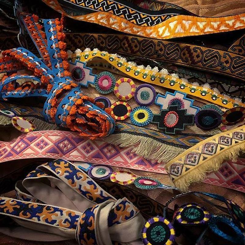 チロリアンテープ(刺繍織帯)台湾お土産
