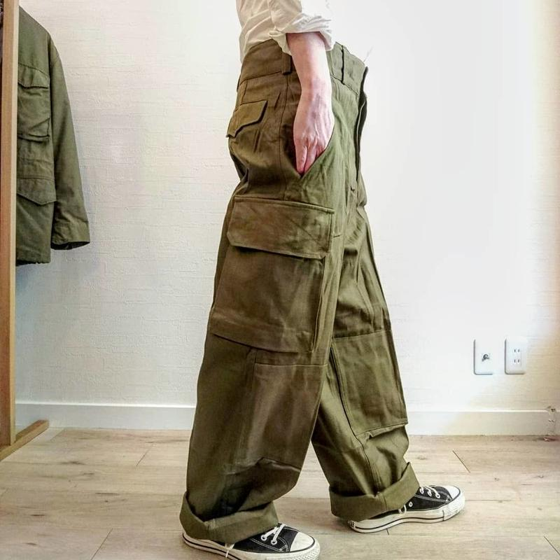 【French Army M-47 Cargo Pants Metal Button DeadStock】フランス軍 M-47 カーゴパンツ 前期メタルボタン DeadStock