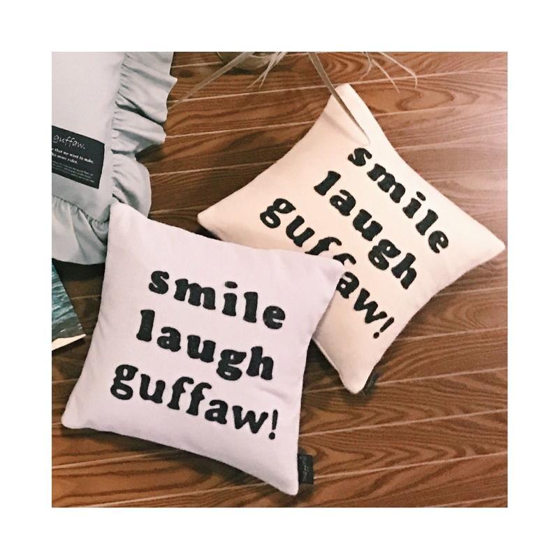 ミニクッション smile laugh guffaw!