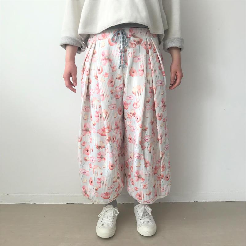 【sneeuw】ボタニカルプリントドローパンツ (flower/size: unisex )
