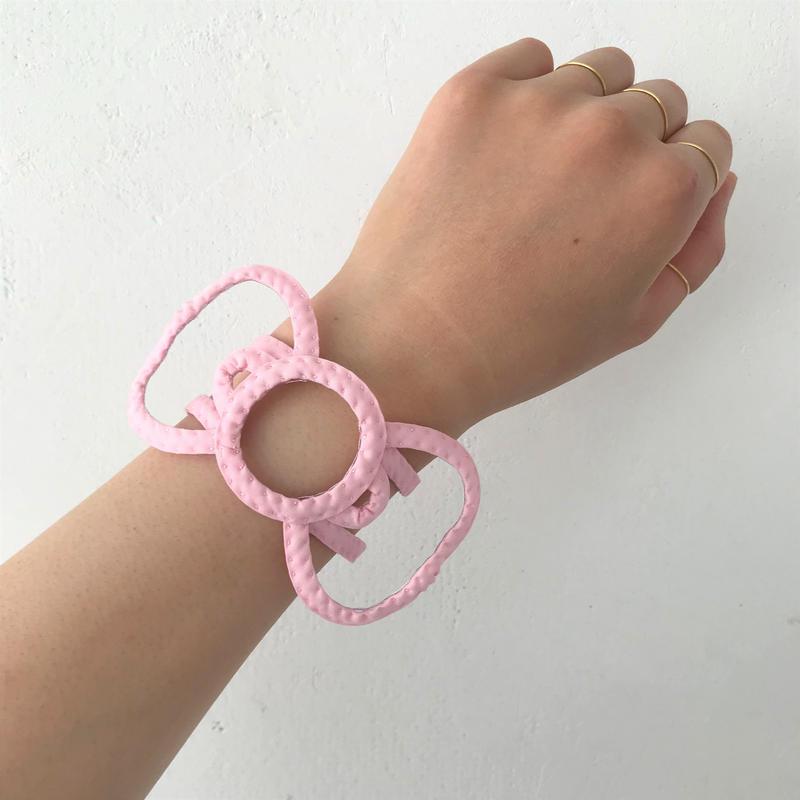 【ペヘモリッケ】りぼんバングル (ピンク)