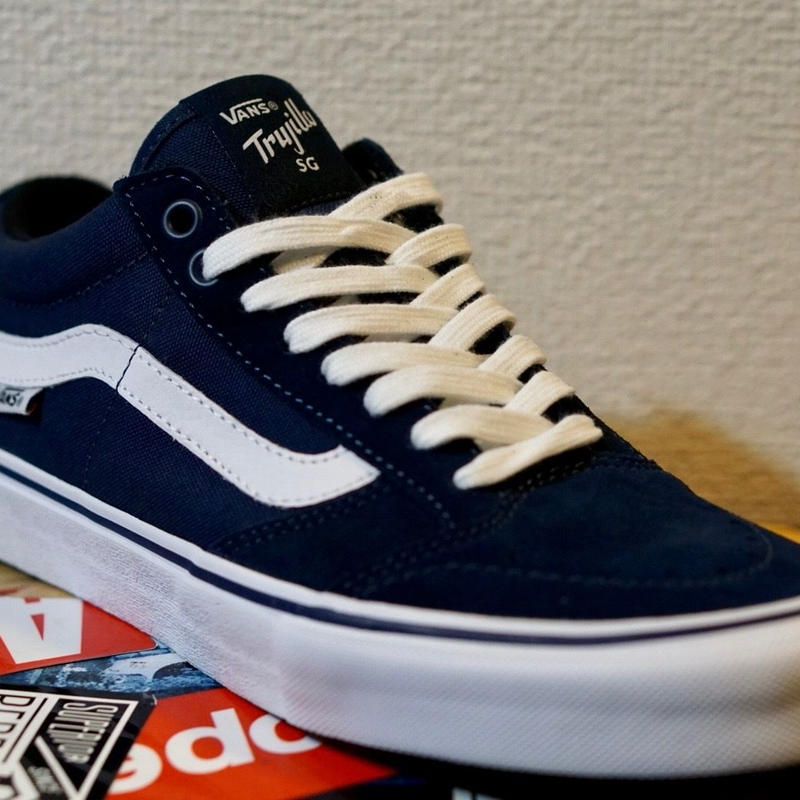 "VANS ""TNT  SG""   (Navy x White)"