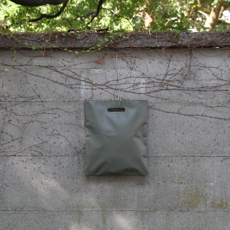 clutch bag - khaki