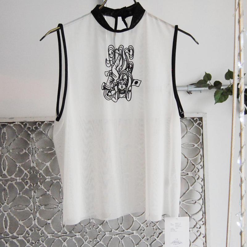 BANSAN tennyo motif embroidery seethrough top