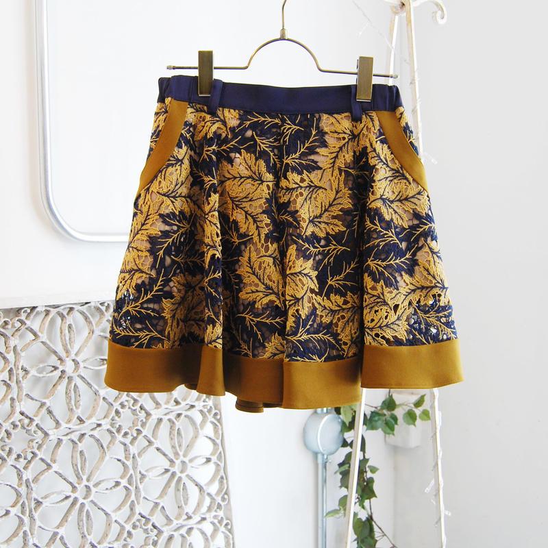 SHIROMA 19-20A/W lace shorts