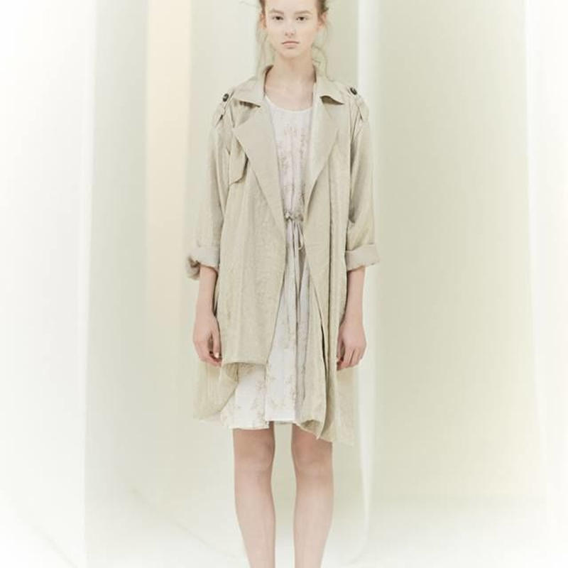 SHIROMA 16S/S chase the unknown trench coat -gold-